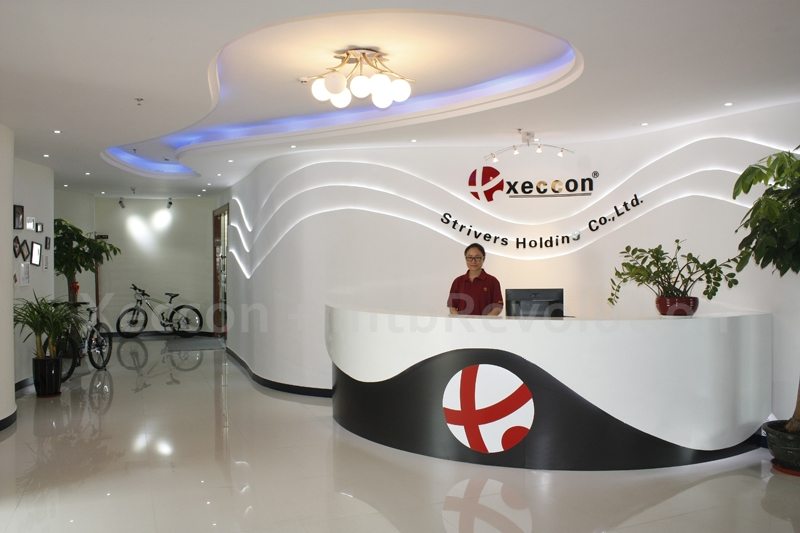 Introducing Xeccon + mtbRevolution-xeccons-front-reception.jpg