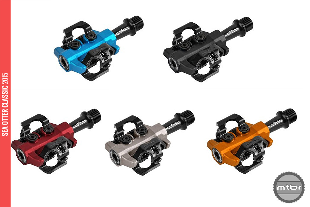 CXR cross specific pedal, 5 ano colors: blue, black, red, gray and orange.