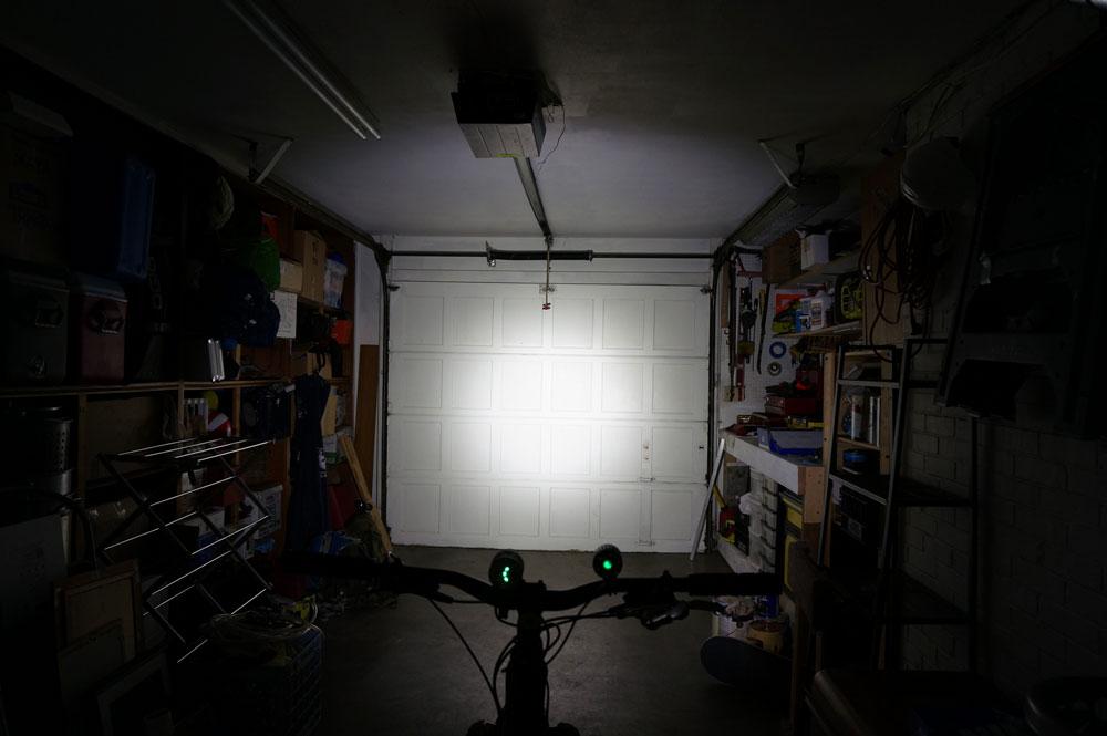 Solar Storm XT40 + Xtar VP2 + Torchy 3400mah + Battery Box - with pictures...-xt40.jpg