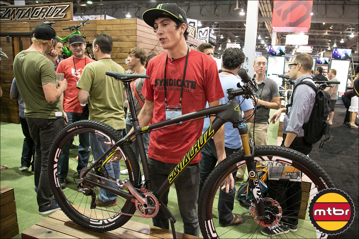 Santa Cruz Pro Josh Bryceland with Highball Carbon
