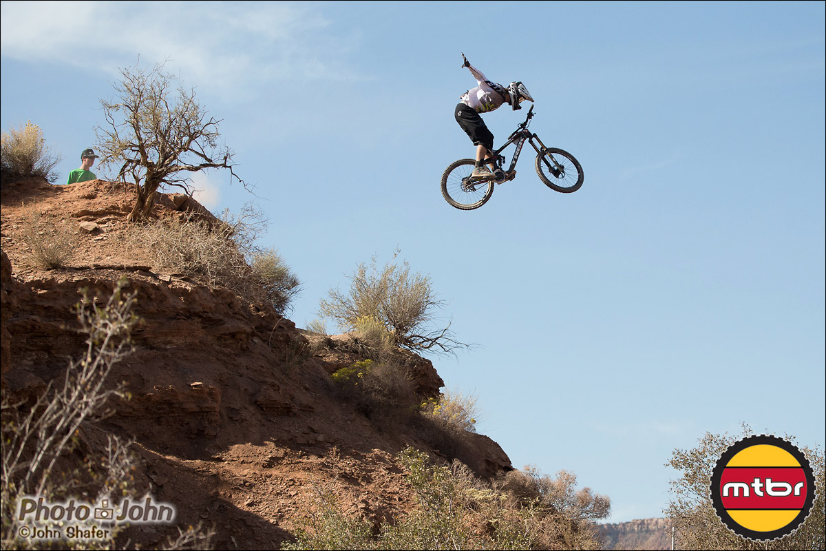 Brett Rheeder No-Hander- 2012 Red Bull Rampage Qualifying
