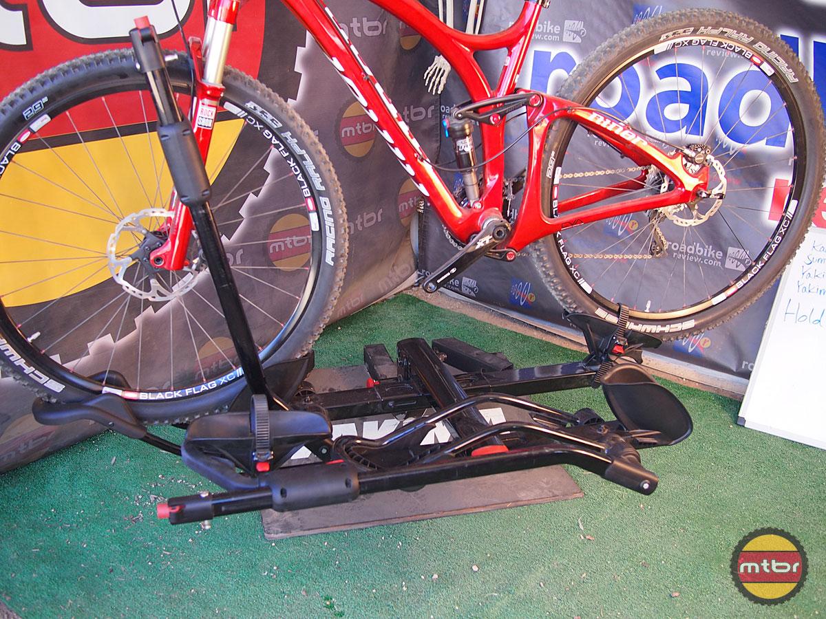 Yakima Holdup 2 >> Yakima HoldUp and HoldUp +2 Hitch Bike Racks- Mtbr.com