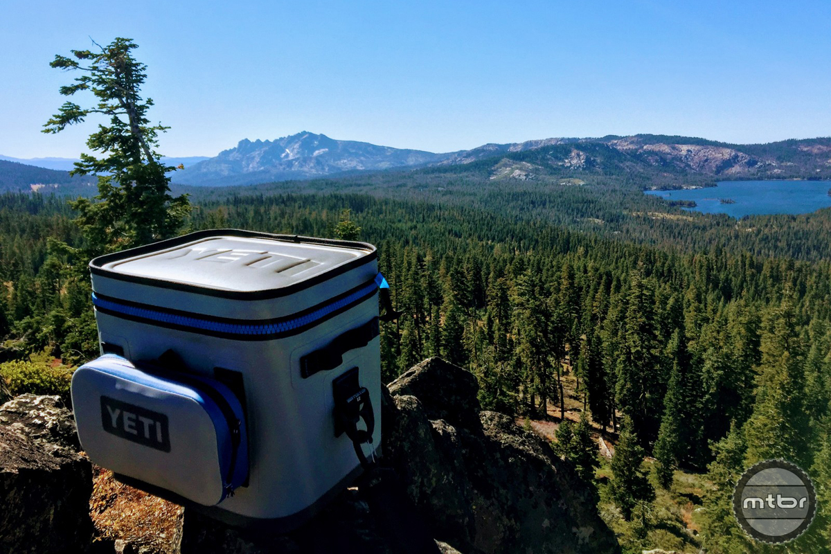 Yeti Hopper Flip Cooler in Downieville