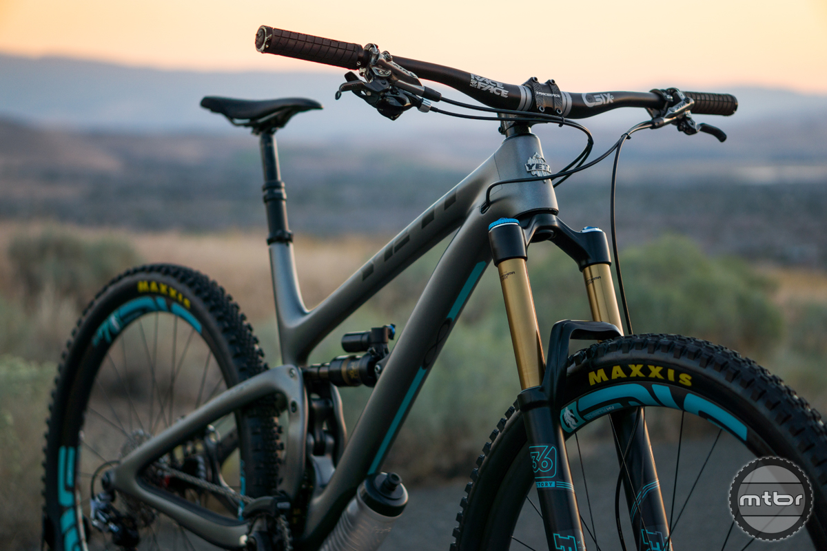 Yeti SB5.5C Custom
