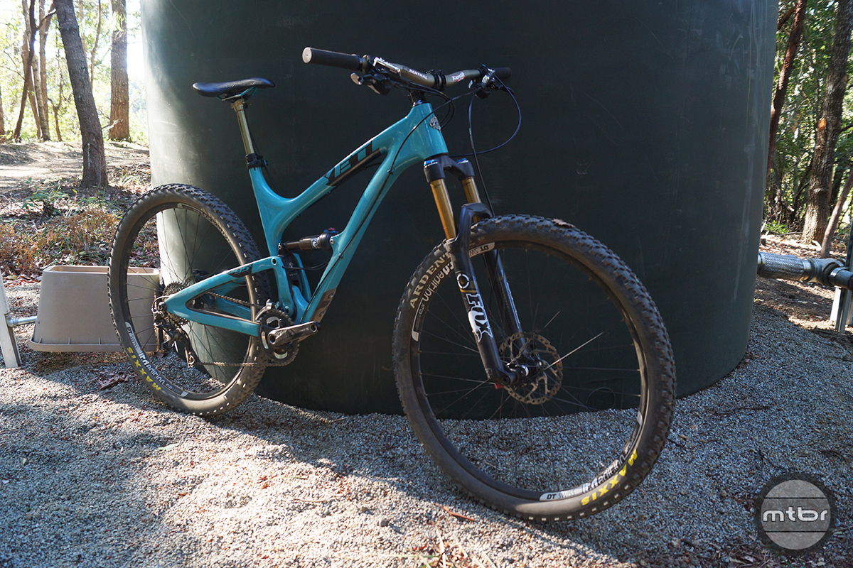Yeti SB95 Carbon Race Front Quarter