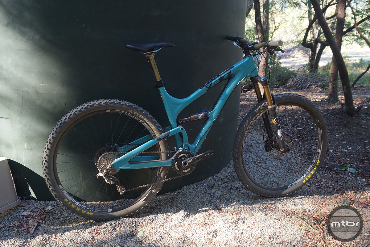 Yeti SB95 Carbon Race Side