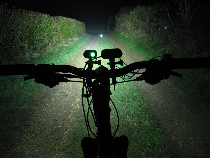 ITUO WIZ XP3 Triple XM- L2 U3 bike light-yindinghigher-3-.jpg