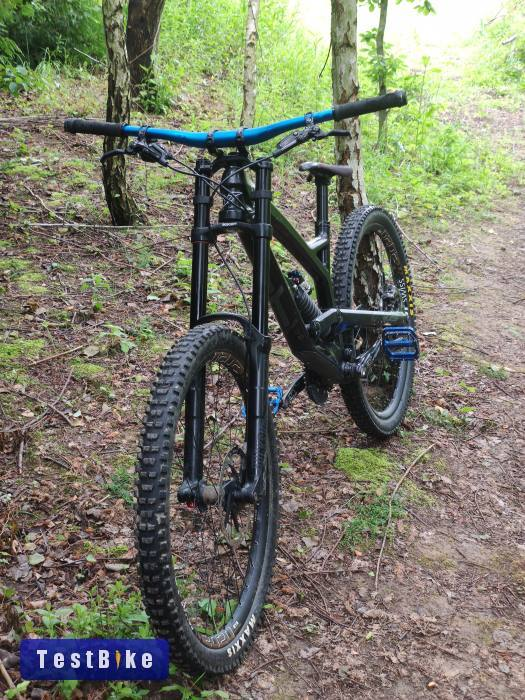 Which DH bike should i buy?-yt-tues-cf-2017-no.940.png.jpg