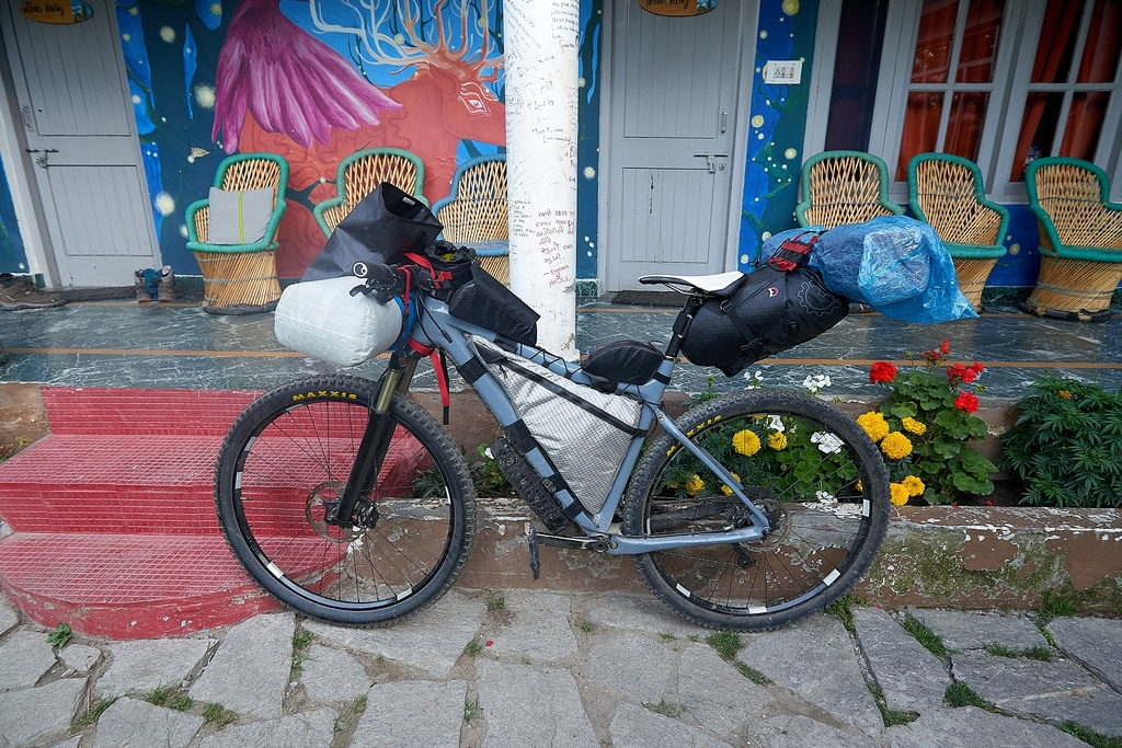 how many you are carrying DSLR's on rides and how are you doing it?-z2019_06-56-57.jpg