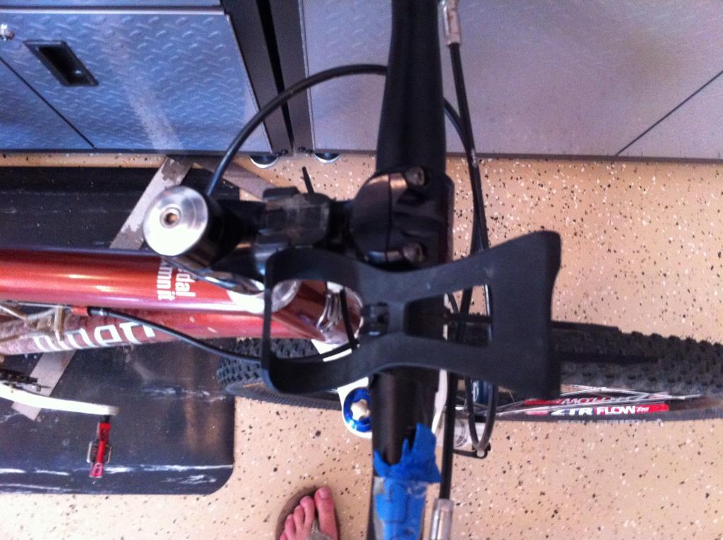 DIY mount for Etrex 30--Spare Parts-zip_tie1.jpg