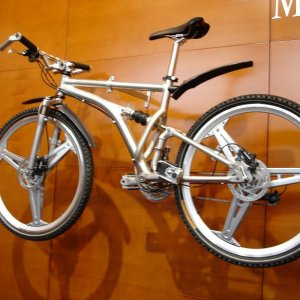 '07 Mercedes Benz Trail Bike