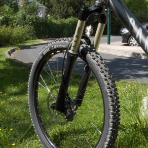 Front tire / Fork of Canyon Nerve ESX 7.0
