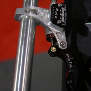 Hope Moto disc brakes