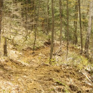 Any bench cut 2 ft. treadway trails built by a SWECO out there?