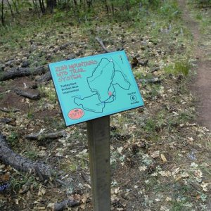 Help! need links to trail sign vendors