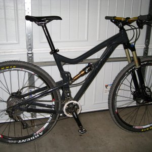 Tallboy LT aluminum or 2013 Stumpy FSR Comp Carbon?.