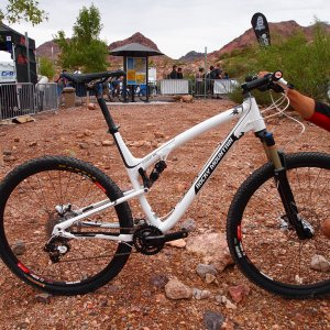 Rocky Mountain Element 950