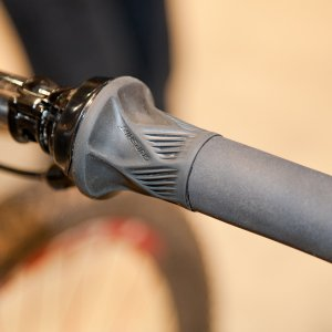 SRAM's new 10-speed BlackBox Grip Shift